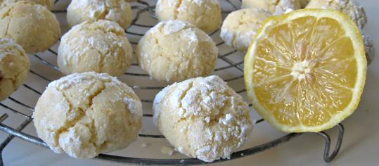 Zitronen-Schnee-Kugeln